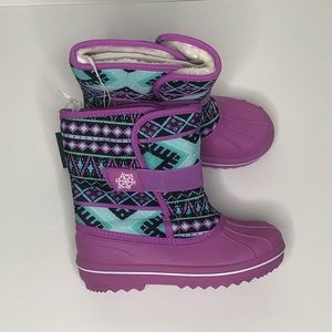 Childrens Place Girls Black Fuchsia Snow Boots